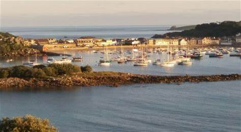Cornwall Newquay resumes Skybus flights to Isles of Scilly